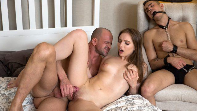Hot Girl Cheats Boyfriend